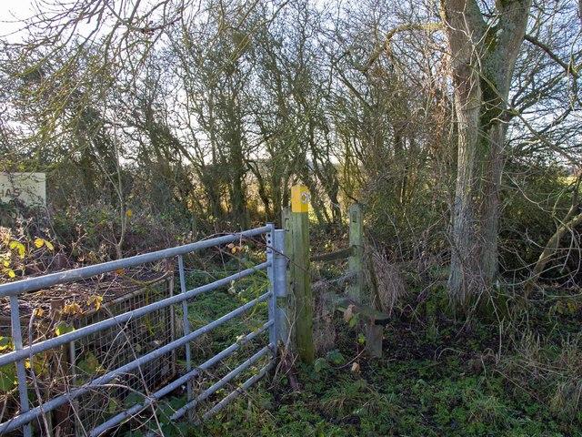 Footpath to Boundary Farm
