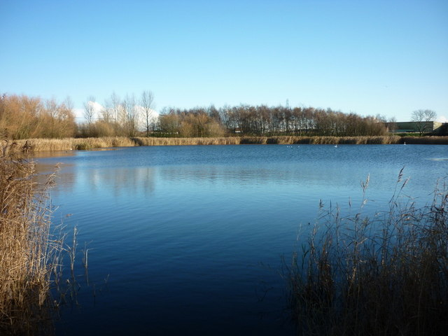 A fishing lake near oak road playing ian s cc by sa 2 for Nearest fishing lake