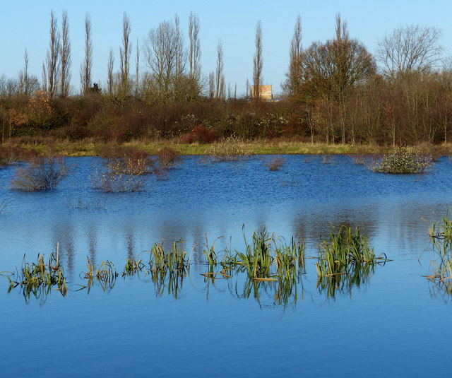 Lake alongside the A563 Lubbesthorpe Way
