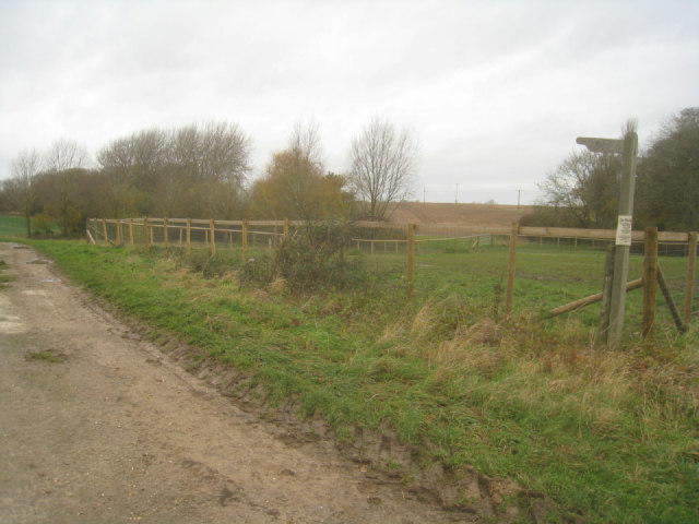 Path leading out of Rookery Farm