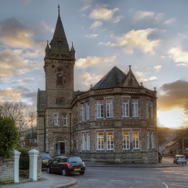 Glossop, Victoria Hall