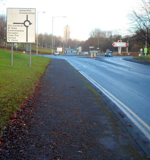 Llantarnam Road approaches junction for Old Cwmbran