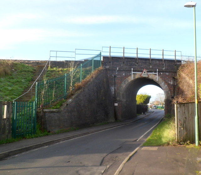 Oldends Lane railway bridge, Stonehouse