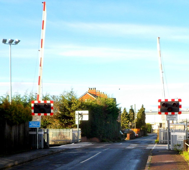 Oldends Lane level crossing, Stonehouse