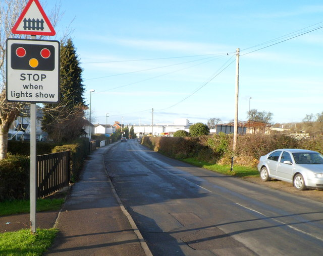Warning of level crossing ahead, Oldends Lane, Stonehouse