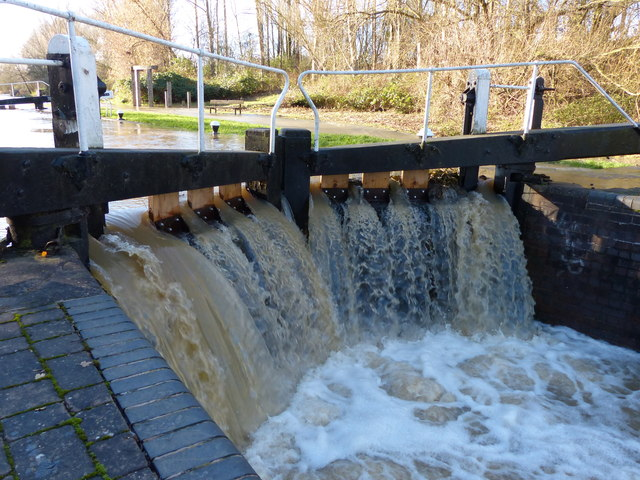 Flooding at Aylestone Mill Lock
