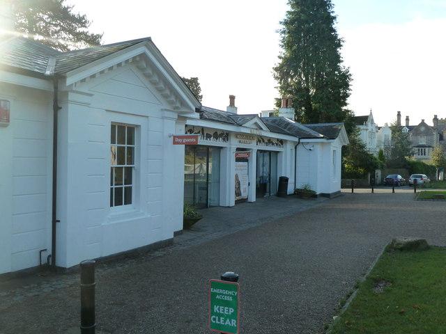Bristol Zoo Gardens - entrance