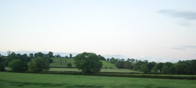 Farmland by the M40
