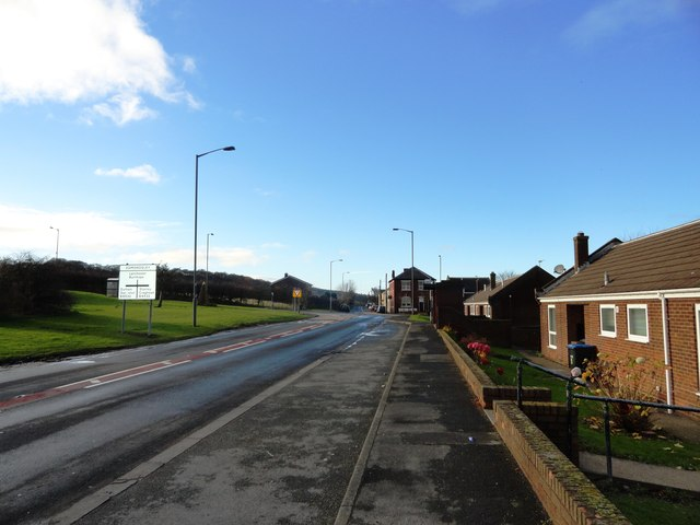 View west along Edmondsley Road