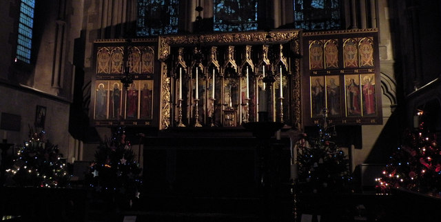 Triptych & Altar Candles, St Giles