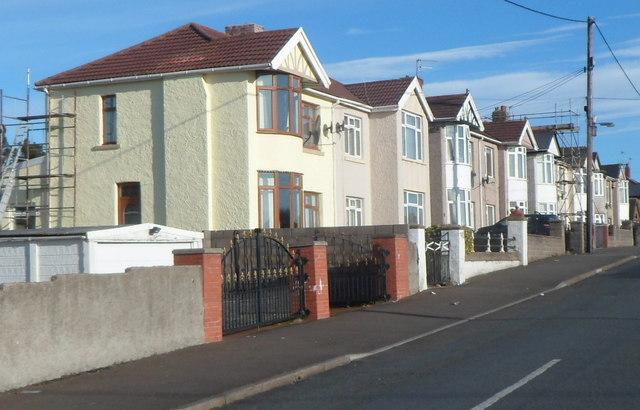 Brynglas Terrace houses, Pyle