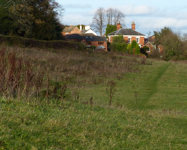 Houses and grassland along Birstall Road