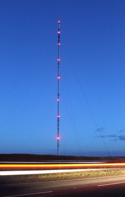 Belmont Transmitter Mast at night