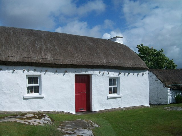 Traditional thatched cottage at Derrydruel