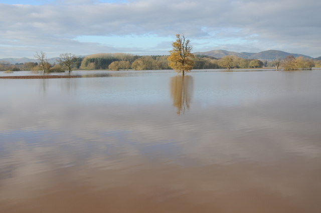 Flooding near Severn Stoke