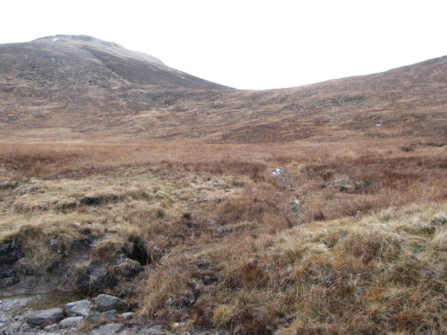 The col between Wee Slievemoughan and Slievemoughanmore