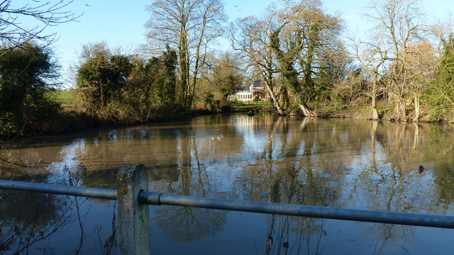 Uffcott Pond