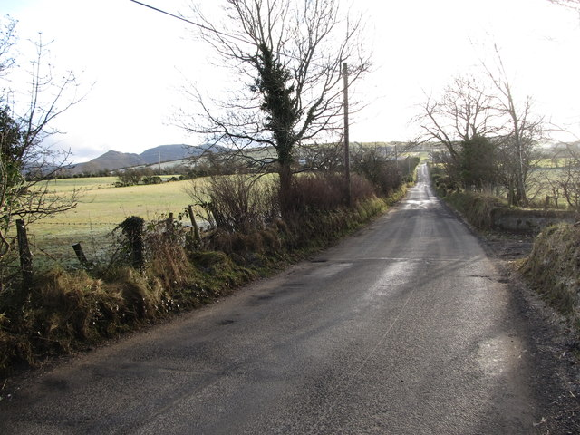 View south along the ascending Leitrim Road