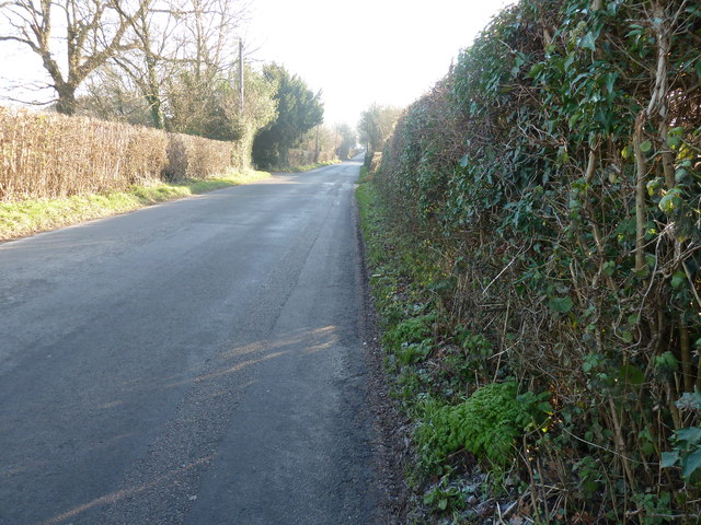 Grinstead Lane south to Tyes Cross