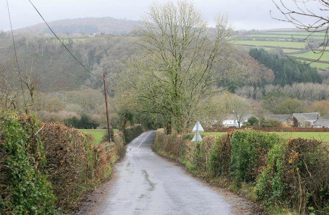 Down the lane to Shaugh Bridge