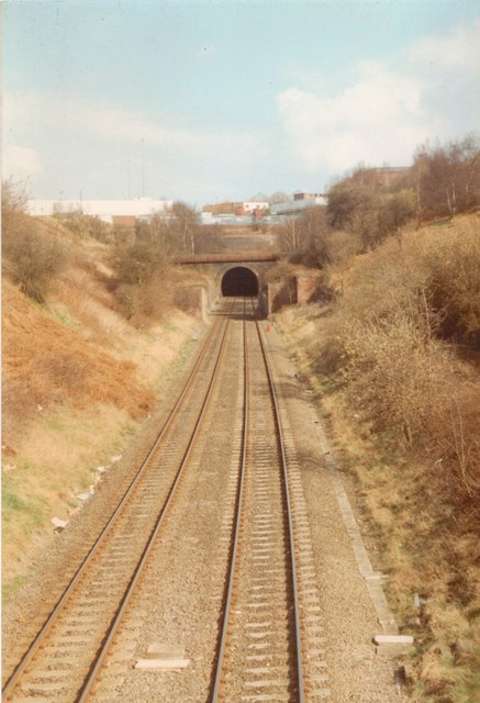 blowers green railway tunnel  u00a9 john winder cc 2 0