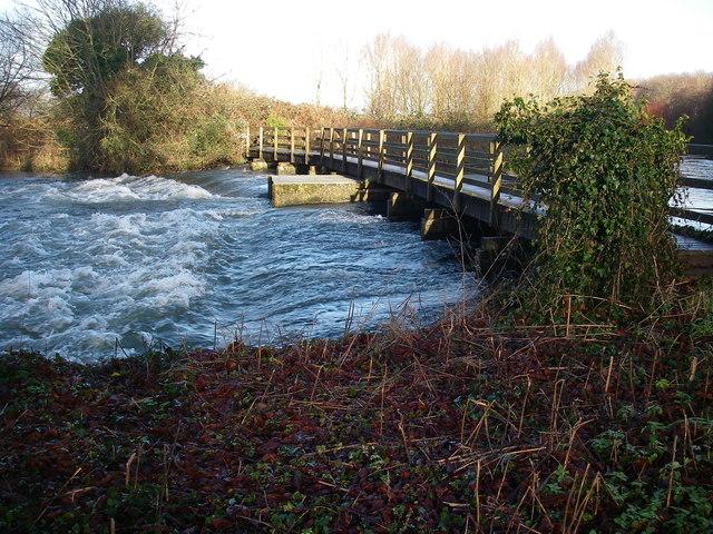 Weir at Standlynch Mill