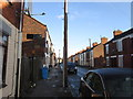 TA0628 : Clyde Street off Hawthorn Avenue, Hull by Ian S