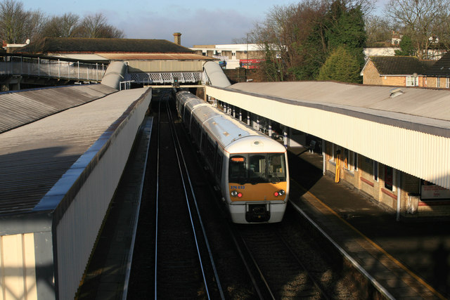Grove Park Railway station