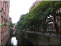 SJ8497 : Rochdale Canal in Manchester city centre by Richard Vince