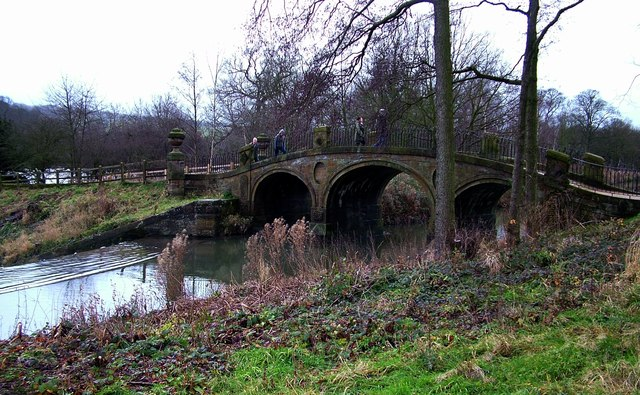 Bridge over The Cut, Bretton