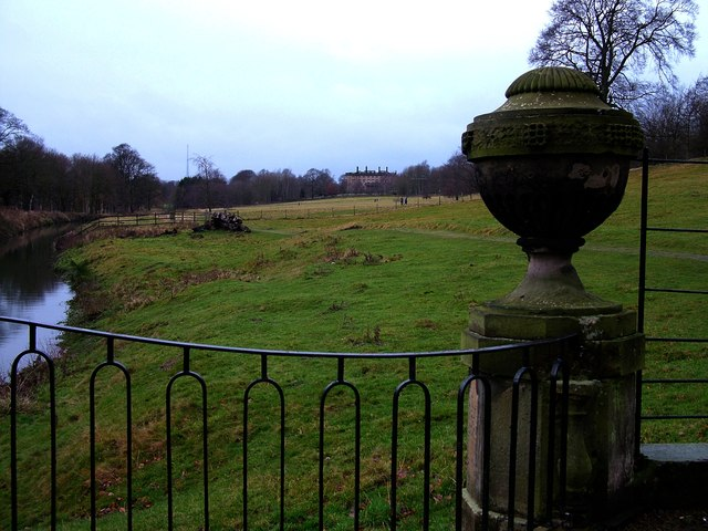 Bretton Hall viewed from bridge over The Cut