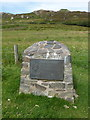 NR3893 : Isle of Colonsay: Dun Eibhinn information plaque by Chris Downer