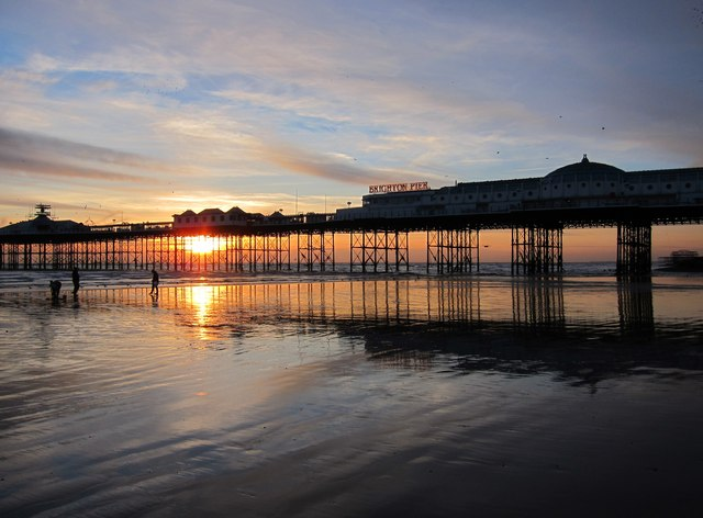 Palace Pier and Bait-diggers