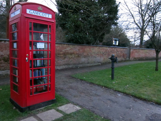 Gawcott village library and pump