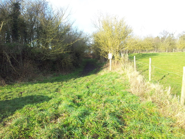 Start of the path to Haselor Church