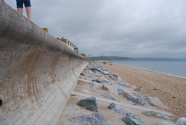 Curved seawall, Torcross