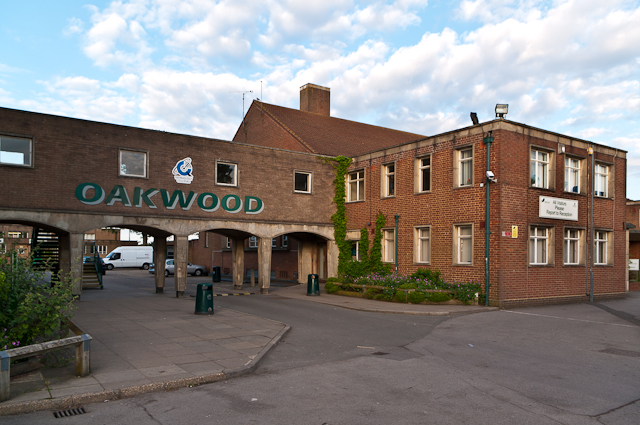 Oakwood School © Ian Capper :: Geograph Britain and Ireland