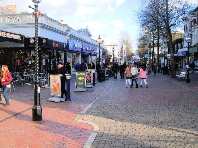 Shopping Precinct Eastbourne Paul Gillett Cc By Sa 2 0