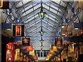 SE3033 : Queens Arcade, Briggate, Leeds : Week 6