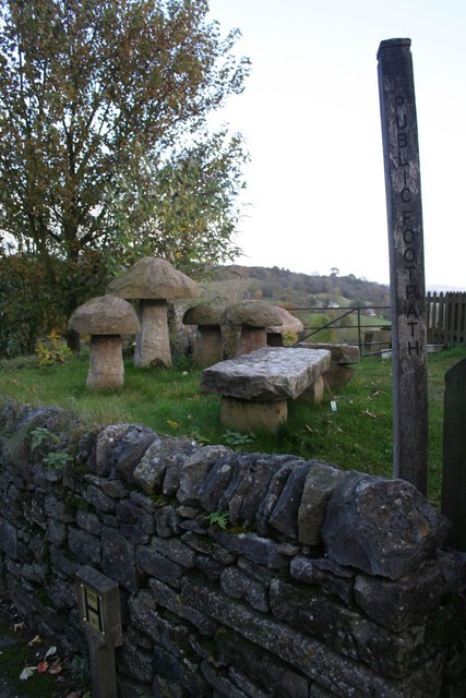 Staddle Stones For Sale 169 Dave Dunford Cc By Sa 2 0