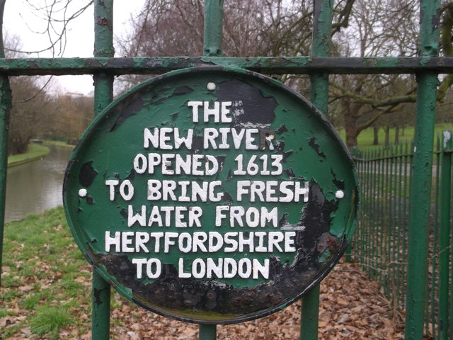 Green plaque № 42733 - The new river opened 1613 to bring fresh water from Hertfordshire to London