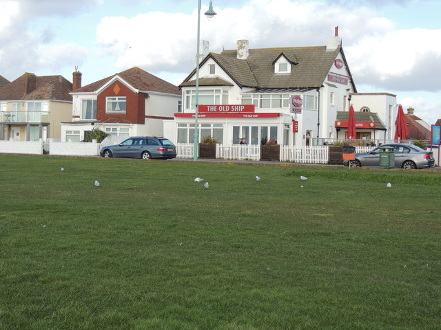 The Old Ship Pub - Lee on the Solent