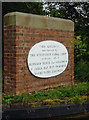 Photo of aqueduct, Wootton Wawen white plaque