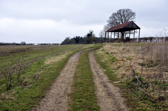 Disused barn near Charlton