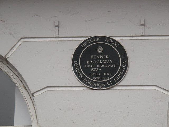Fenner Brockway green plaque - Fenner Brockway (Lord Brockway) 1888 - lived here 1908-1910