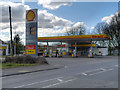 SJ4891 : Shell Station, Warrington Road by David Dixon