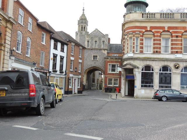 Abbey Gatehouse _ Romsey