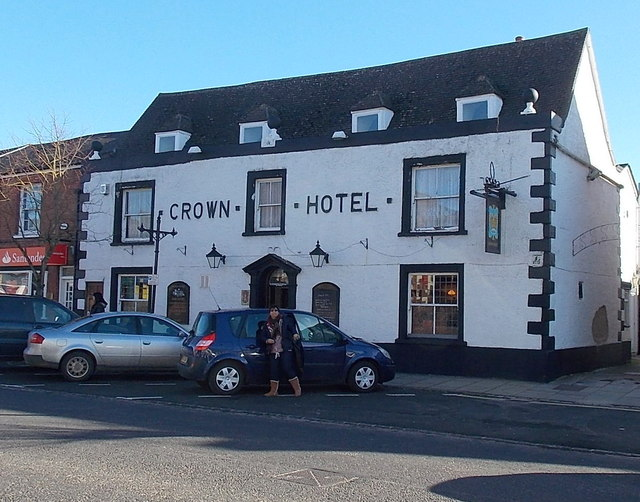 Crown Hotel Guest House Inverneb