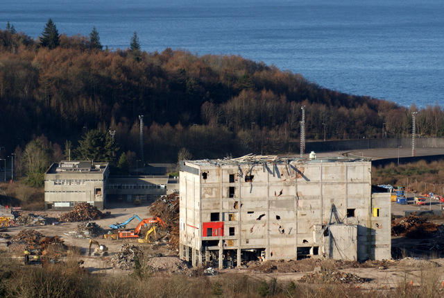 Inverkip Power Station demolition