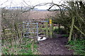 SP9723 : Footpath across the field by Philip Jeffrey